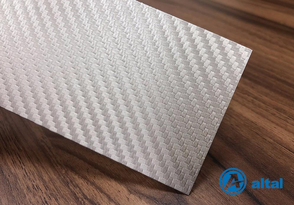 编织纹压花铝板