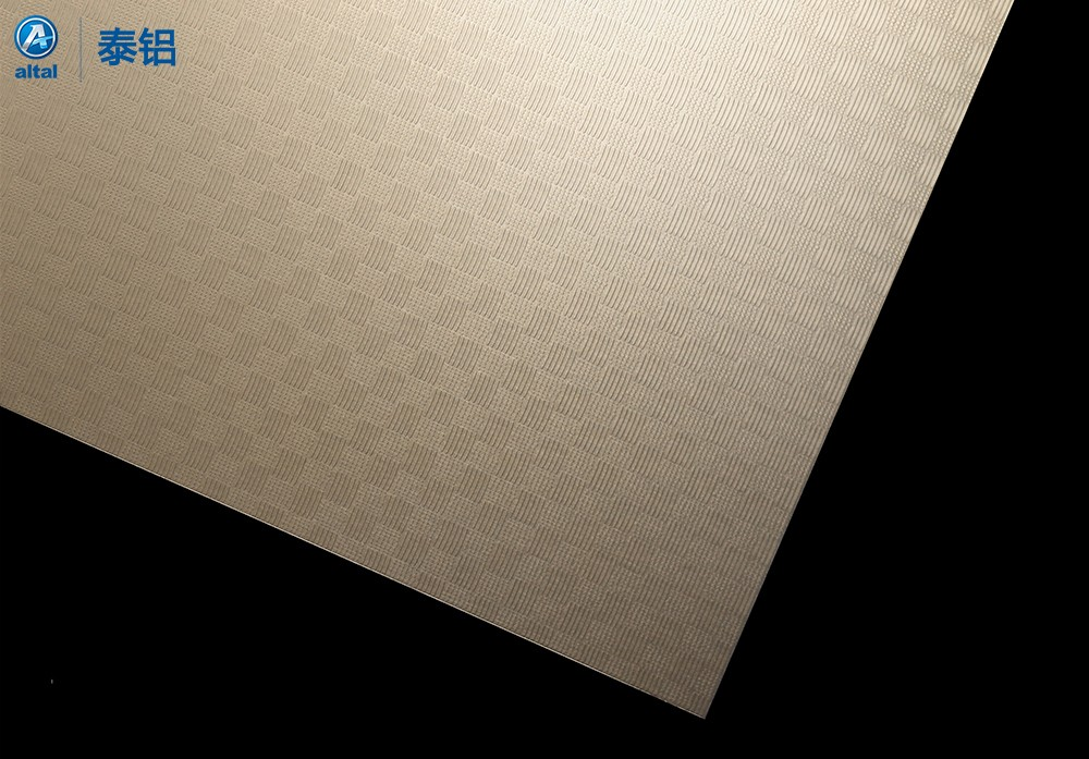 精轧压花铝板DZB70T1R-650